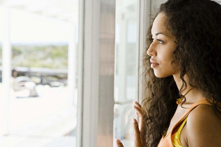 79_12_adult_health_quick-stress-decisions_slideshow_79_woman-thinking-window_ts_897948321060108028.jpg